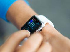 В новых Apple Watch батарею могут разместить в ремешке часов