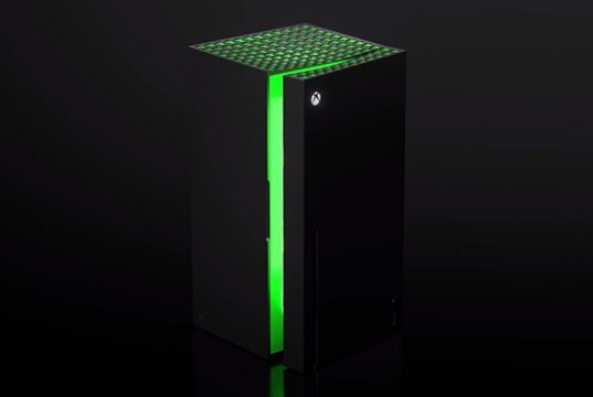 Microsoft назвала цену холодильника в стиле приставки Xbox
